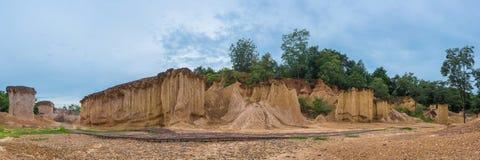 Panorama de Phae Muang Phi Forest Park, Phrae, Tailândia, erosi do solo imagens de stock royalty free