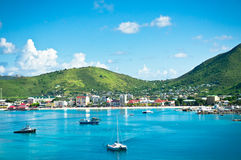 Panorama de Philipsburg, San Martín, islas caribeñas Imagenes de archivo