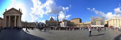 Panorama de place de Vatican St Peter Photos stock