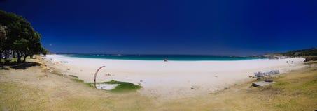 Panorama de plage de compartiment de camps Images libres de droits