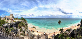 Panorama de plage de Tulum, la Riviera maya, Mexique photos stock
