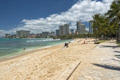 Panorama de plage de Waikiki Photographie stock libre de droits