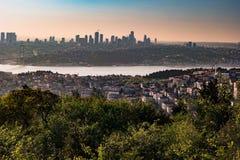 Panorama de pont d'Istanbul et de Bosphorus, Istanbul, Turquie Photos libres de droits