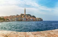 Panorama de Porec, Croatie photographie stock libre de droits