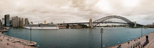 Panorama de port de Sydney Photos stock