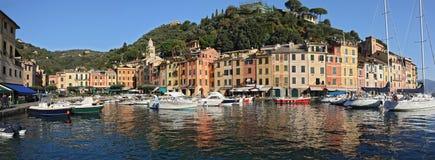 Panorama de Portofino imagenes de archivo