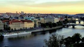 Panorama de Praga antes de la puesta del sol