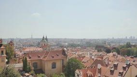 Panorama de Praga Capital checa almacen de video