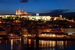 Panorama de Praga da noite Imagens de Stock