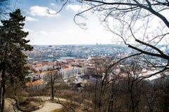 Panorama de Praga O tempo é nebuloso imagens de stock