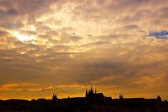 Panorama de Prague la nuit, République Tchèque image libre de droits