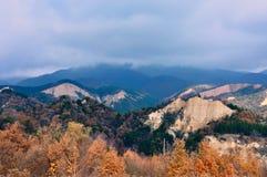 Panorama de pyramide de montagne de Sandy Photographie stock libre de droits