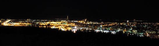 Panorama de Reykjavik na noite Fotografia de Stock