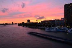 Panorama de Rotterdam no crepúsculo, Países Baixos Foto de Stock Royalty Free