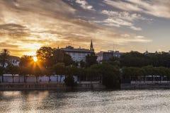 Panorama de Séville au lever de soleil Photos stock