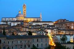 Panorama de Siena en la oscuridad Fotografía de archivo libre de regalías