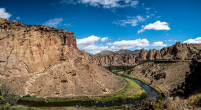 Panorama de Smith Rock State Park Photographie stock libre de droits