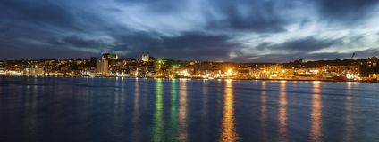 Panorama de St John la nuit image stock