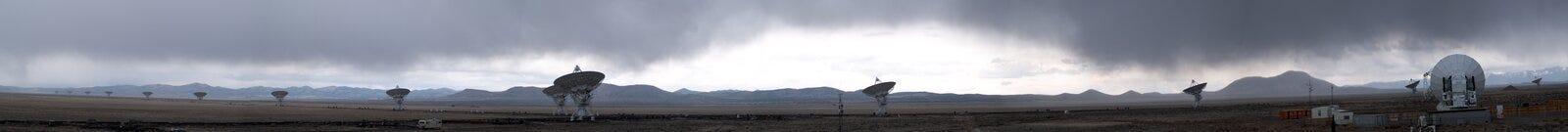Panorama de tempête de pluie de réseau d'antennes Photographie stock