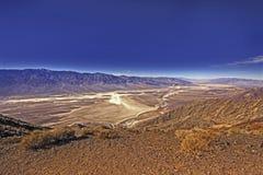 Panorama de terrain de golf de diables dans Death Valley Etats-Unis Photo libre de droits