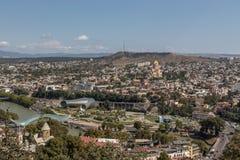 Panorama de Tibilisi, Georgia imagenes de archivo
