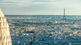 Panorama de timelapse de Paris, France Vue supérieure de basilique sacrée de coeur de Montmartre Sacre-Coeur banque de vidéos