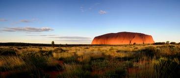 Panorama de Uluru de la roca de Ayres Foto de archivo