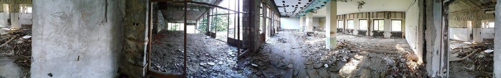 Panorama de um hotel velho Fotos de Stock Royalty Free