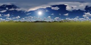 Panorama de un cielo azul con horizonte de las montañas Imagen de archivo