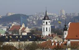 Panorama de una ciudad vieja imagenes de archivo