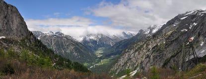 Panorama de Val Bregaglia Images stock