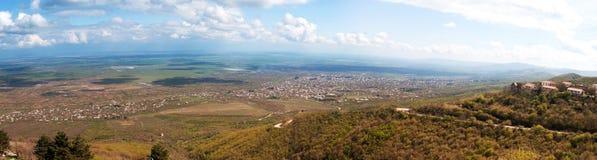 Panorama de vallée d'Alazani d'été Photos stock