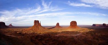 Panorama de vallée de monument Photographie stock libre de droits