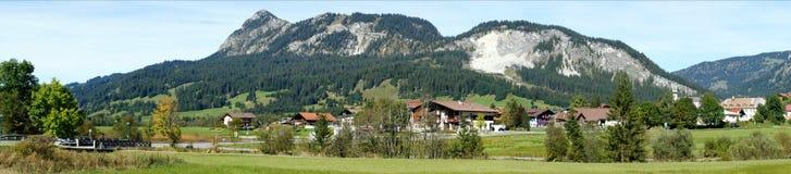Panorama in de Tannheim Vallei, Oostenrijk Royalty-vrije Stock Afbeeldingen