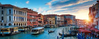 Panorama de Venecia en la puesta del sol, Italia imágenes de archivo libres de regalías