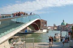 Panorama de Venise : canal, bateaux et vieilles maisons de brique à Venise, Italie, l'Europe photos stock
