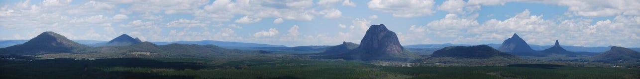 Panorama de vidro das montanhas da casa Fotos de Stock