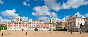Panorama de vieux palais d'Amirauté Images libres de droits