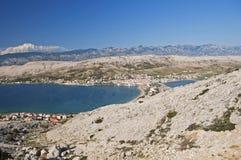 Panorama de ville de PAG, île de PAG, Croatie images libres de droits