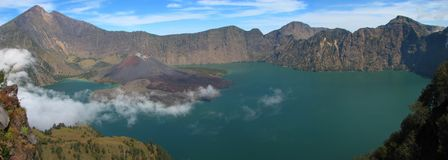 Panorama de volcan de Rinjani, île de Lombok Images stock