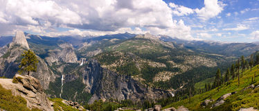 Panorama de Yosemite Photos stock