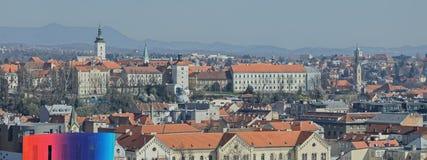 Panorama de Zagreb imagenes de archivo