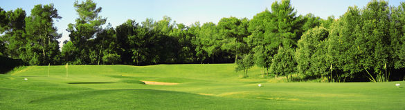 Panorama de zone de golf Photographie stock