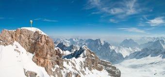 Panorama de Zugspitze fotografia de stock
