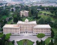 Panorama dei giardini del palazzo del Vaticano Fotografia Stock