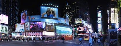 Panorama dei tabelloni per le affissioni del Times Square Immagine Stock