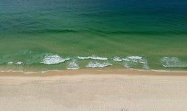 Panorama del abejón de la playa de Barra da Tijuca, Rio de Janeiro, el Brasil imagen de archivo libre de regalías