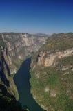 Panorama del barranco de Sumidero del punto de vista Cerca de Tuxtla Gutierre imagen de archivo libre de regalías