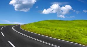 Panorama del camino de la montaña Imágenes de archivo libres de regalías