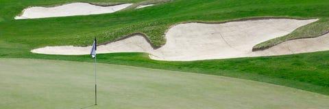 Panorama del campo de golf Fotos de archivo libres de regalías